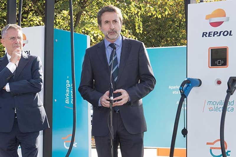 REPSOL inaugura la estación de recarga de vehículos eléctricos con más potencia de Europa