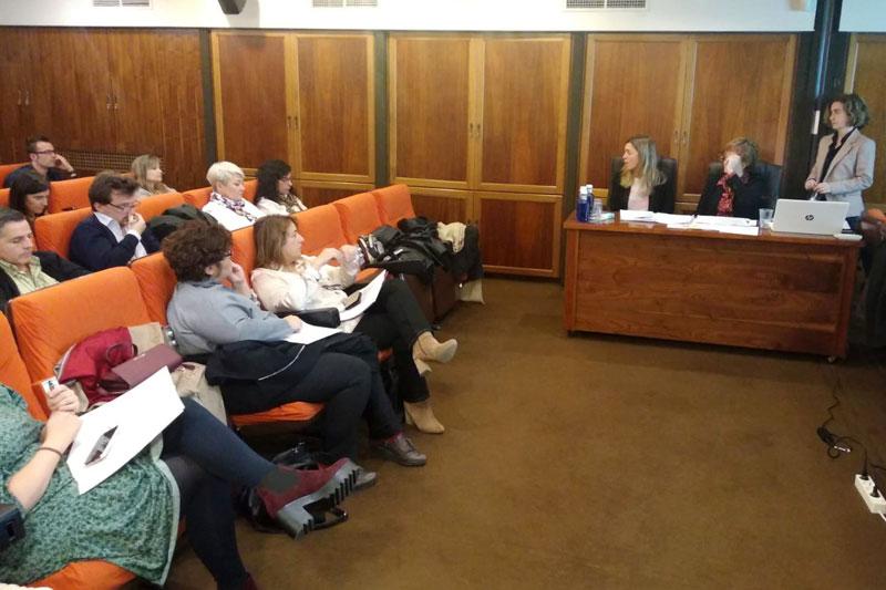 Charla informativa de Surbisa sobre las nuevas bases reguladoras de las ayudas económicas para la rehabilitación